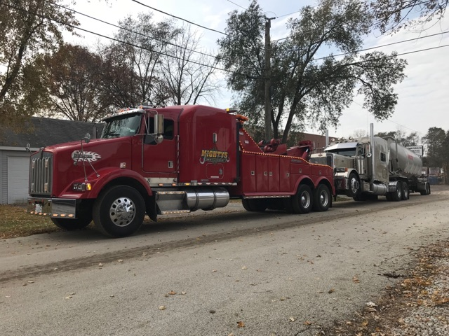 Low Bridge Truck Recovery, Rockdale, Il, Chicago, Suburbs