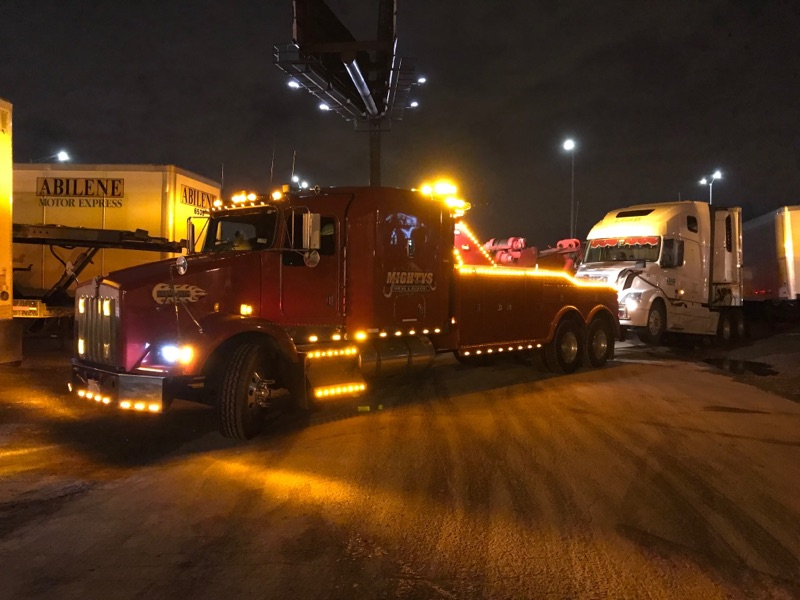 heavy duty towing, tractor trailer towing, chicago, plainfield, il