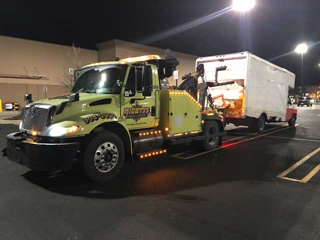 mightys tows box truck