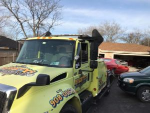 light duty towing, wheel-lift towing, plainfield, il